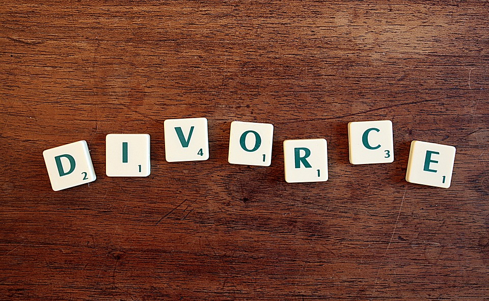 Considering Divorcing? This Is Your Single Most Important Decision